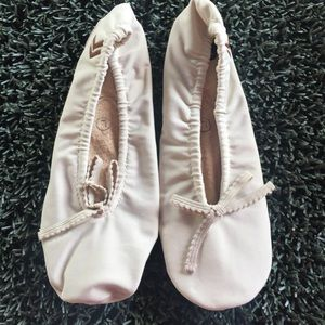 Aris ISOTONER Ballet Slippers Large